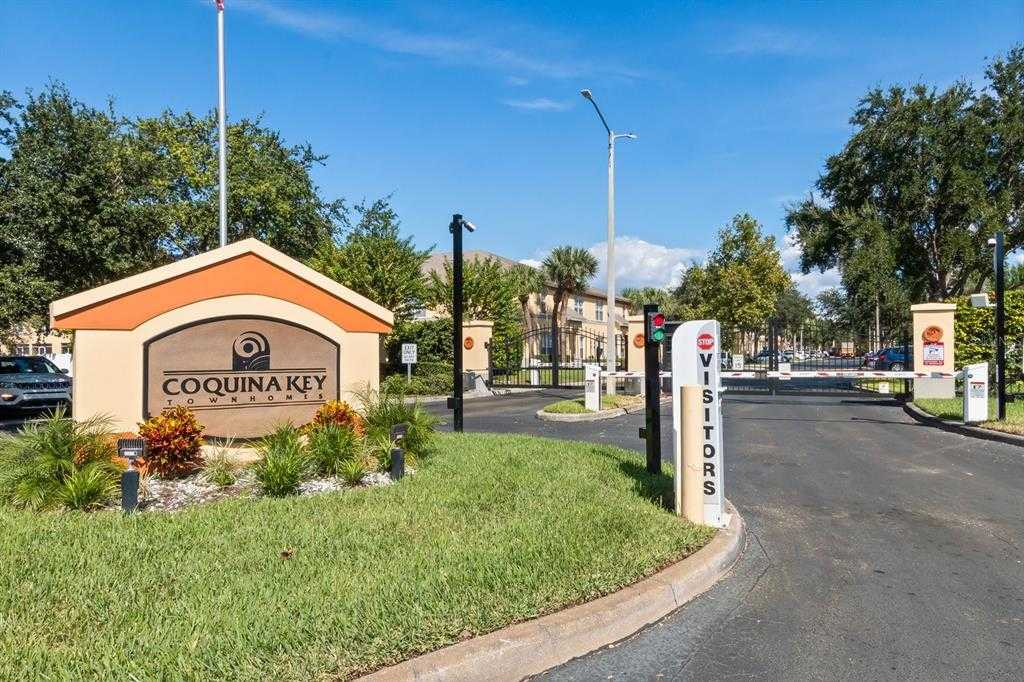 $245,000 - 3Br/3Ba -  for Sale in Coquina Key Townhomes, Saint Petersburg