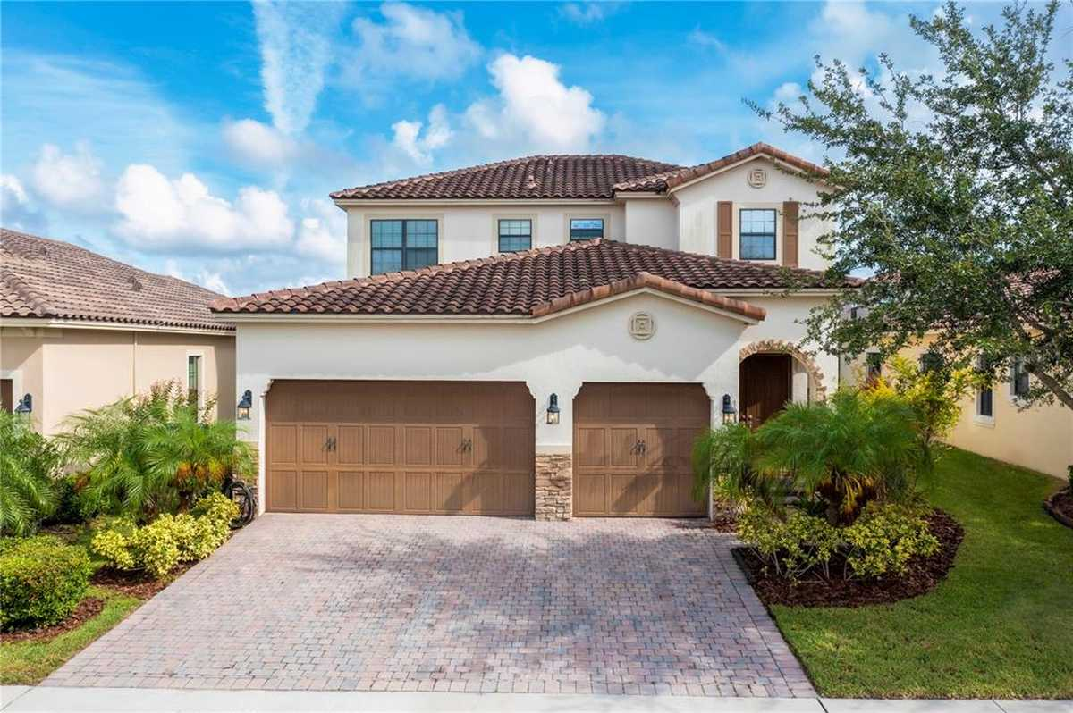 $699,000 - 4Br/4Ba -  for Sale in Eagle Crk Ph 01 Village G, Orlando