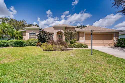 $499,900 - 4Br/3Ba -  for Sale in Summerfield Village Subphase D U3, Lakewood Ranch