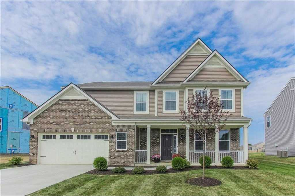 $2,250 - 4Br/3Ba -  for Sale in Fox Hollow, Indianapolis