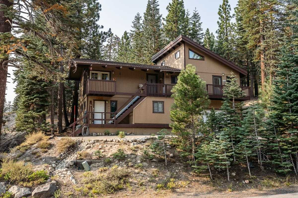 1401 Forest Trail
