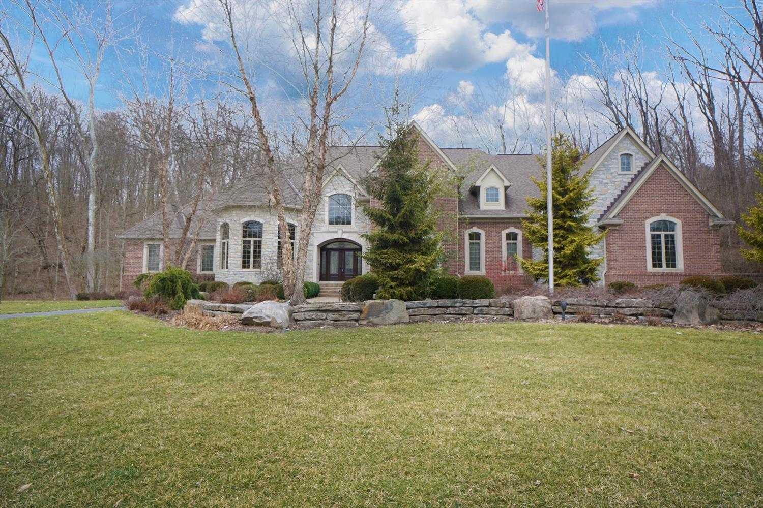 1 Creekside Drive Indian Hill,OH 45242 1632032