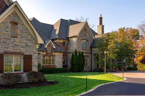$4,750,000 - 5Br/11Ba -  for Sale in Indian Hill