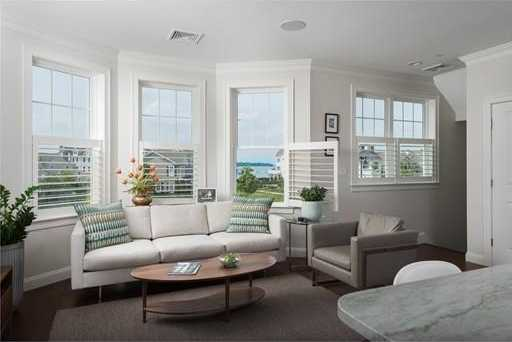 $1,099,000 - 2Br/4Ba -  for Sale in Hingham