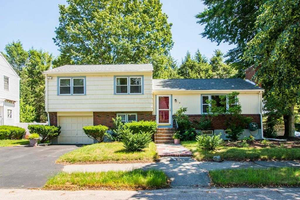 $529,900   3Br/2Ba   For Sale In Milton