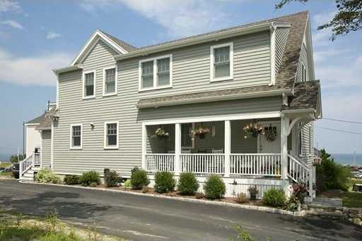 $849,000 - 3Br/3Ba -  for Sale in Hull