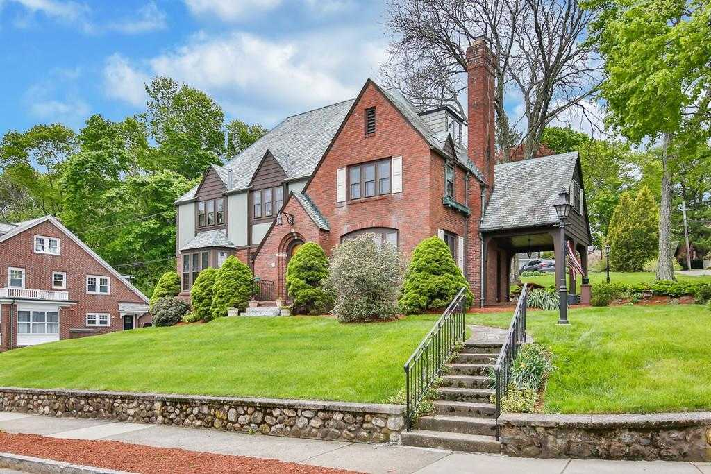 Homes For Sale In Arlington Ma Hot On The Market