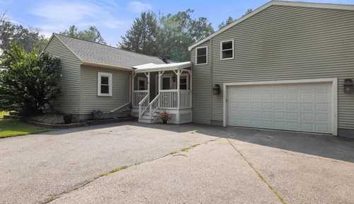 $400,000 - 3Br/3Ba -  for Sale in Auburn
