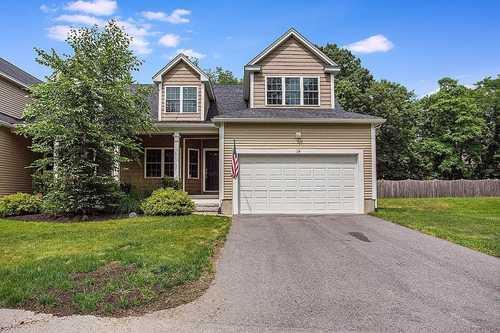 $640,000 - 4Br/3Ba -  for Sale in Framingham