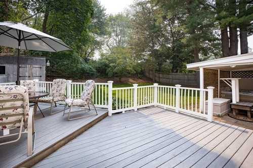 $625,000 - 5Br/3Ba -  for Sale in Framingham