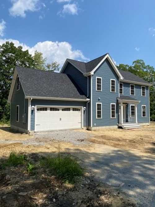 $495,000 - 4Br/3Ba -  for Sale in Fitchburg