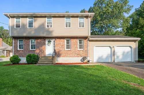 $425,000 - 4Br/3Ba -  for Sale in Webster