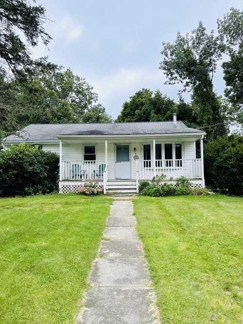 $310,000 - 3Br/2Ba -  for Sale in Auburn