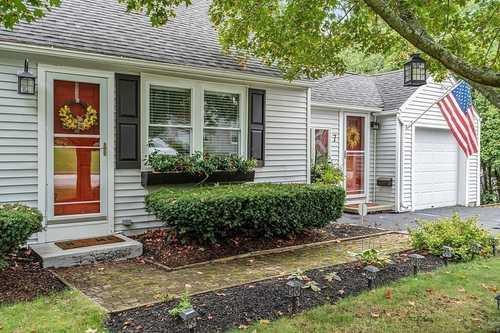 $349,900 - 3Br/1Ba -  for Sale in Auburn
