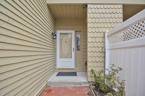 $379,900 - 2Br/3Ba -  for Sale in Marlborough