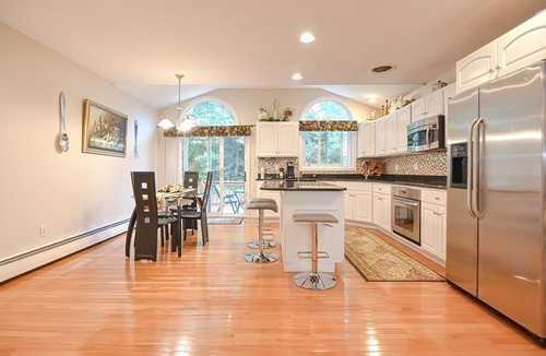 $789,900 - 4Br/3Ba -  for Sale in Stoney Brook Estates/caribrooke, Marlborough