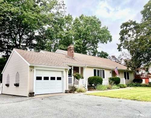 $480,000 - 3Br/2Ba -  for Sale in Auburn