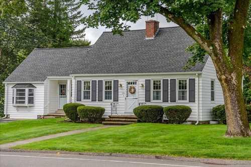 $389,900 - 3Br/2Ba -  for Sale in Auburn