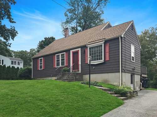 $469,900 - 4Br/2Ba -  for Sale in Marlborough