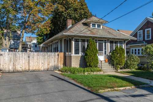 $249,900 - 2Br/1Ba -  for Sale in Fitchburg