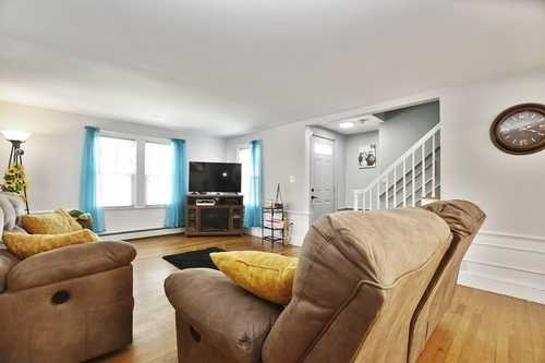 $330,000 - 3Br/3Ba -  for Sale in Fitchburg
