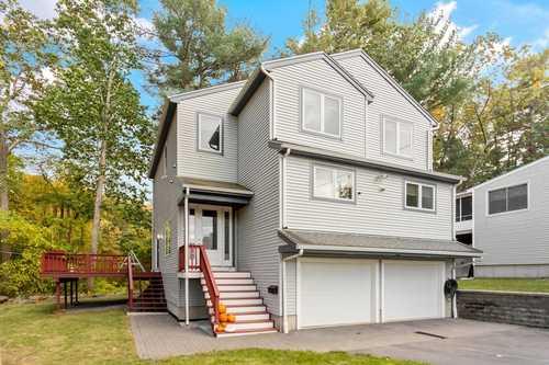 $729,900 - 3Br/3Ba -  for Sale in Framingham