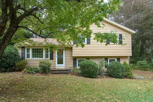 $389,900 - 3Br/2Ba -  for Sale in Marlborough