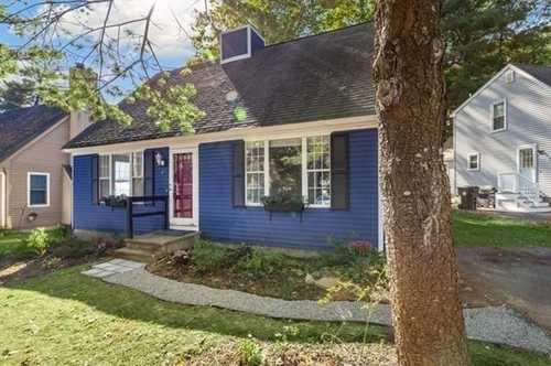 $419,900 - 3Br/2Ba -  for Sale in Marlborough
