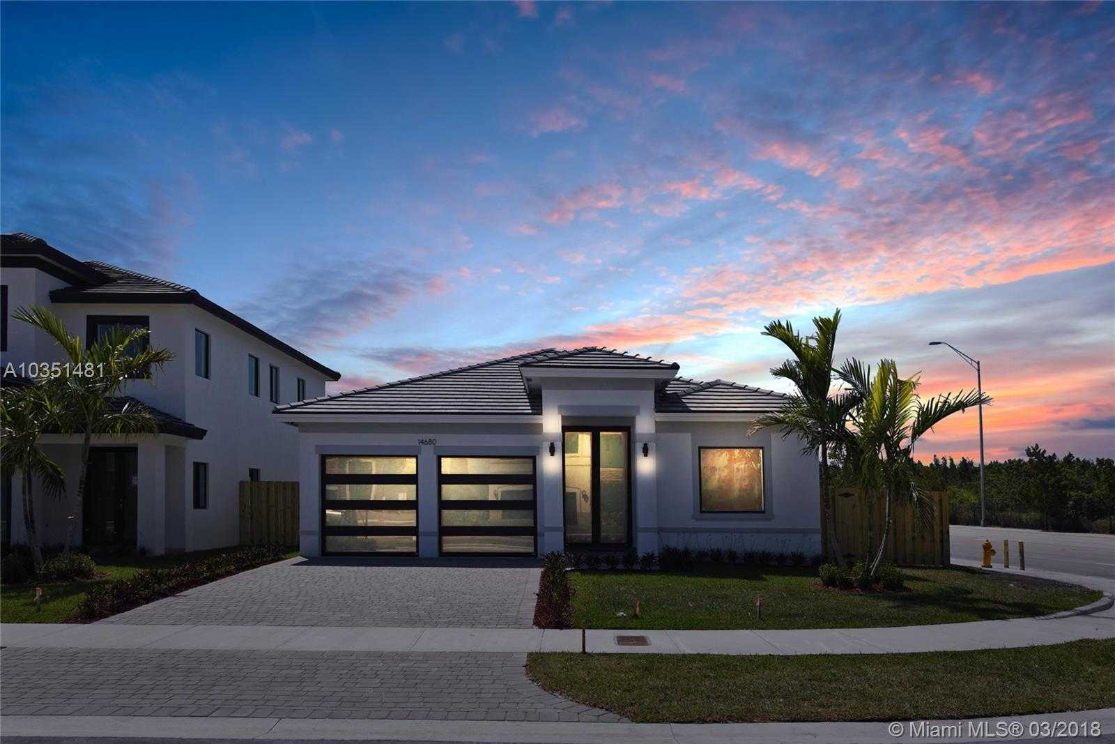 $550,000 - 4Br/3Ba -  for Sale in J G Heads Farms Sub, Unincorporated Dade County