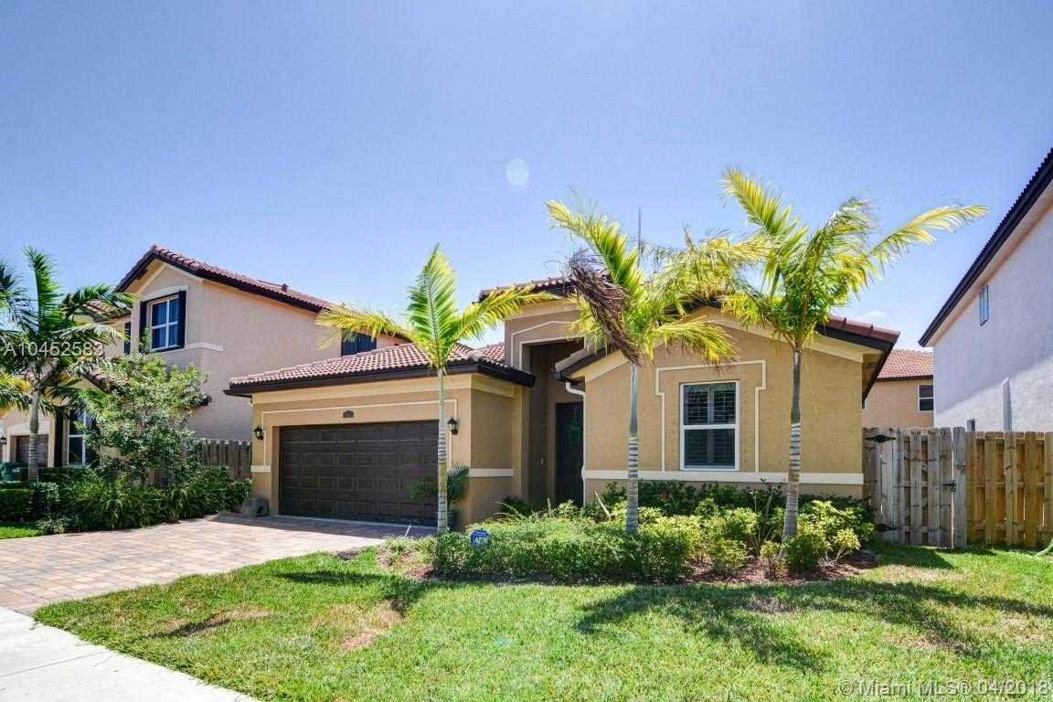 $347,987 - 3Br/2Ba -  for Sale in Hemingway Point, Homestead