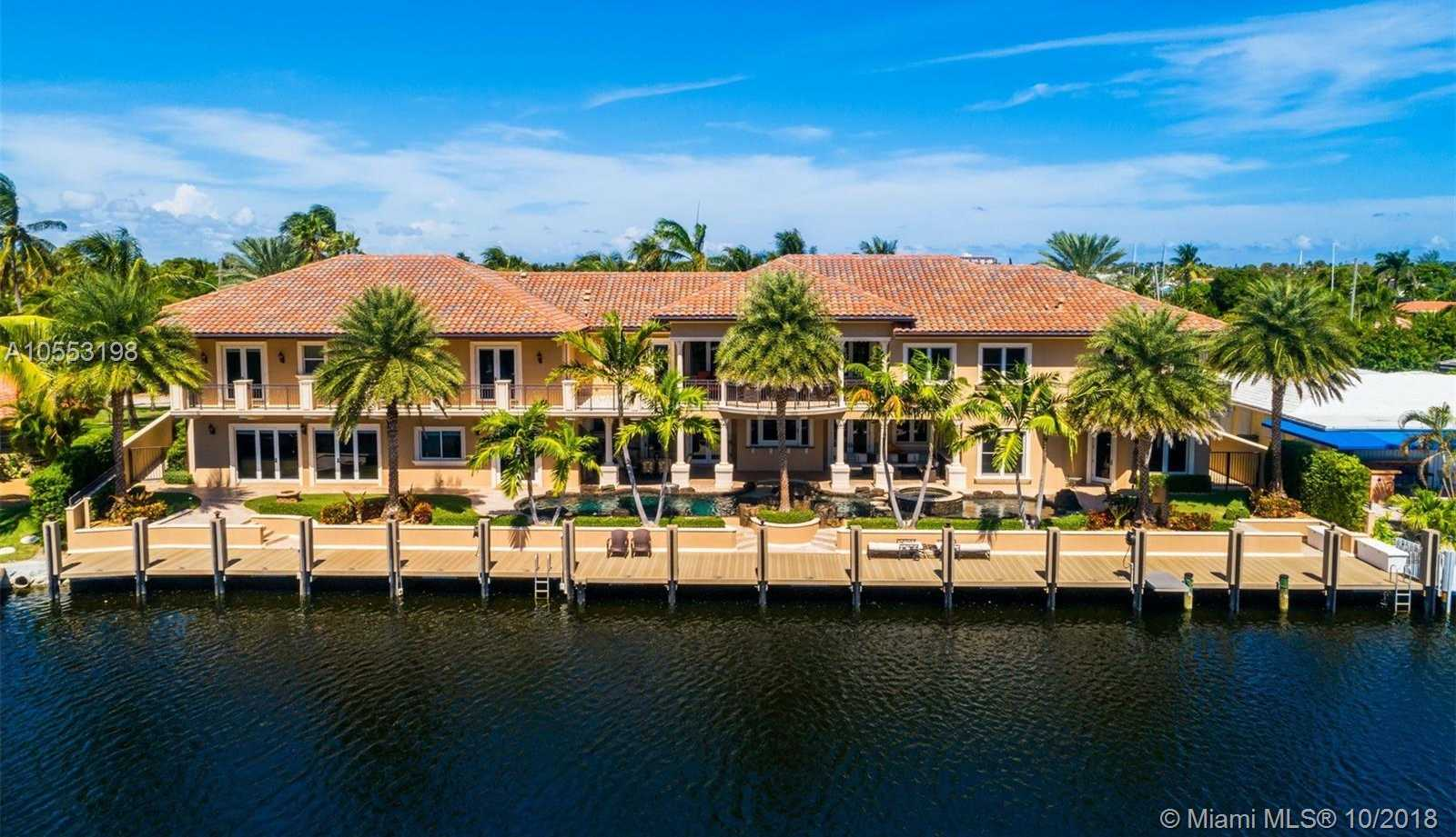 $4,999,000 - 6Br/9Ba -  for Sale in Venetian Isles 2nd Sec, Lighthouse Point