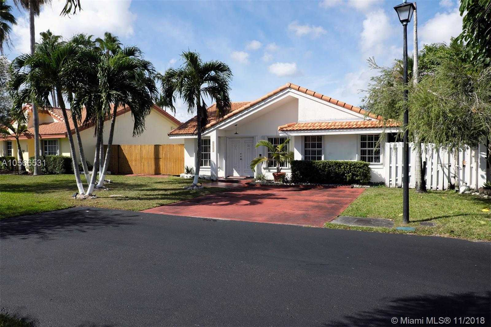 $340,000 - 2Br/2Ba -  for Sale in Angelica Gardens At Lakes, Hialeah