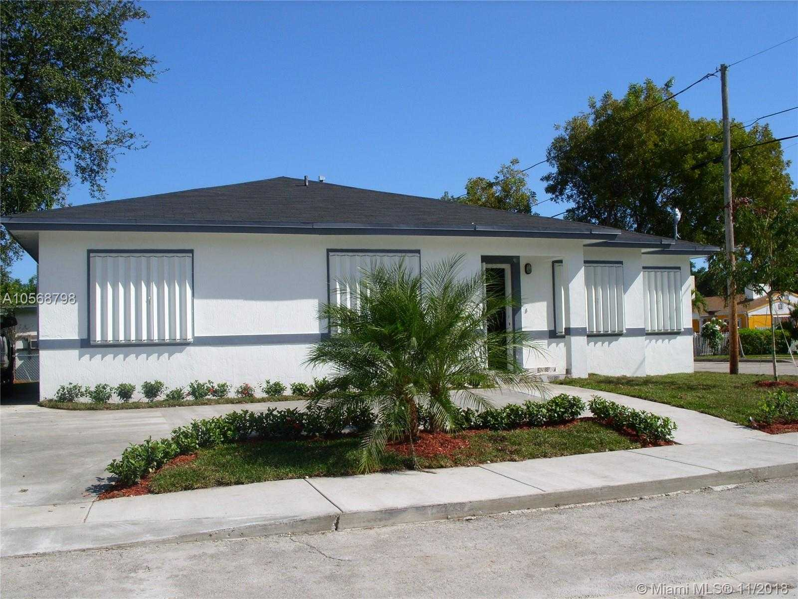 $310,000 - 4Br/2Ba -  for Sale in Bowling Green, Miami