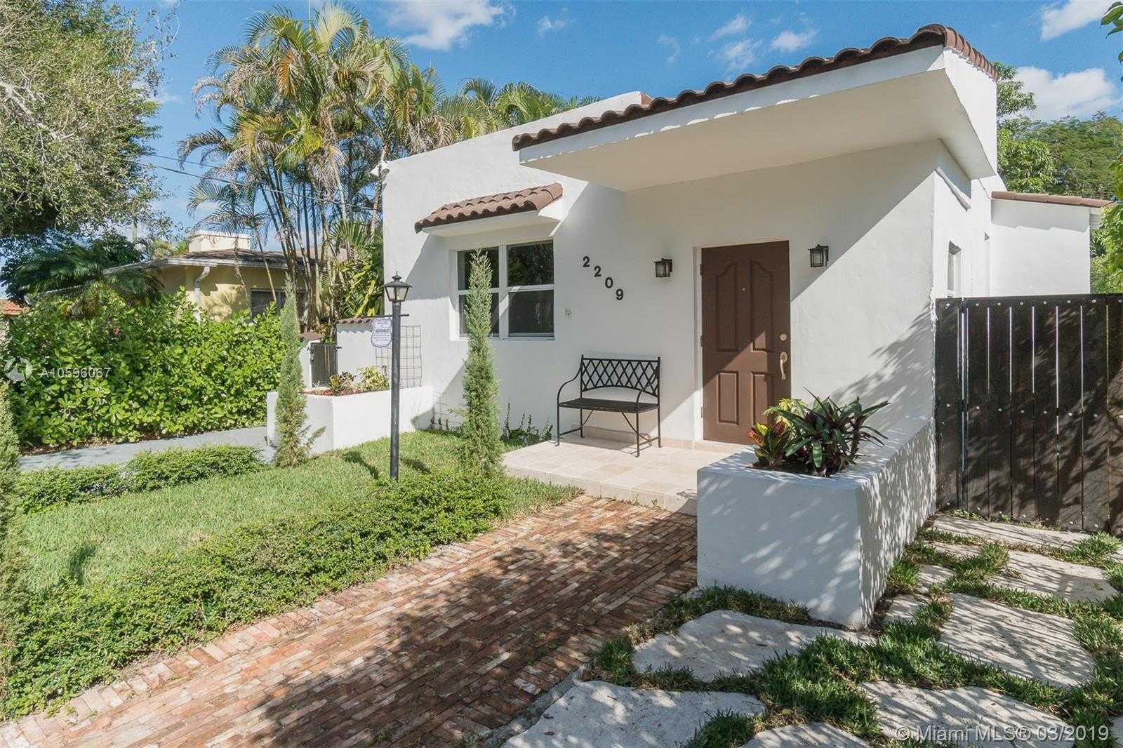 Brilliant Historic Miami Homes For Sale Metro City Realty Home Interior And Landscaping Ponolsignezvosmurscom