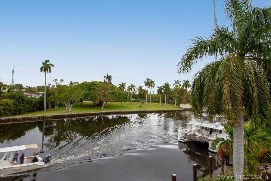 $1,100,000 - 3Br/3Ba -  for Sale in Tropical Point No 2, Fort Lauderdale