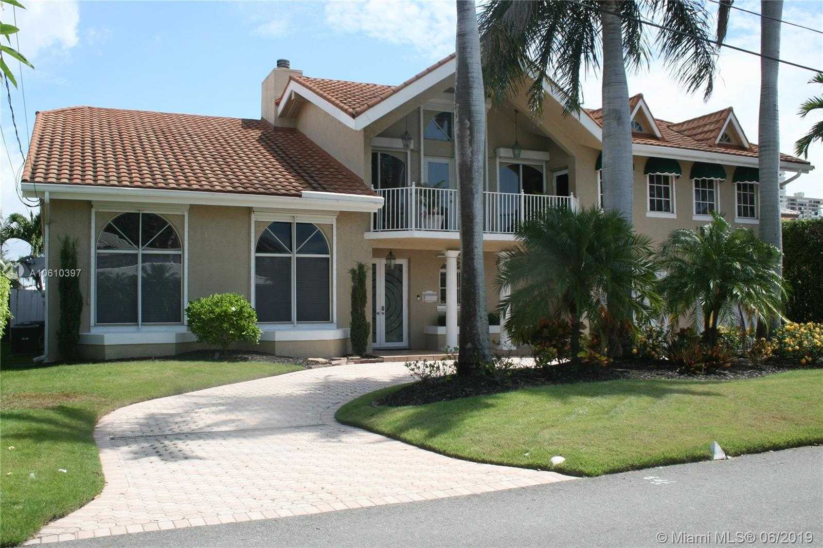 $1,389,000 - 4Br/5Ba -  for Sale in Bermuda-riviera, Fort Lauderdale