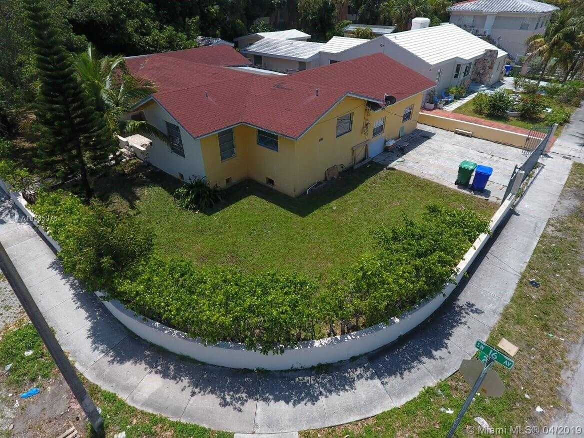 Excellent Historic Miami Homes For Sale Metro City Realty Home Interior And Landscaping Ponolsignezvosmurscom