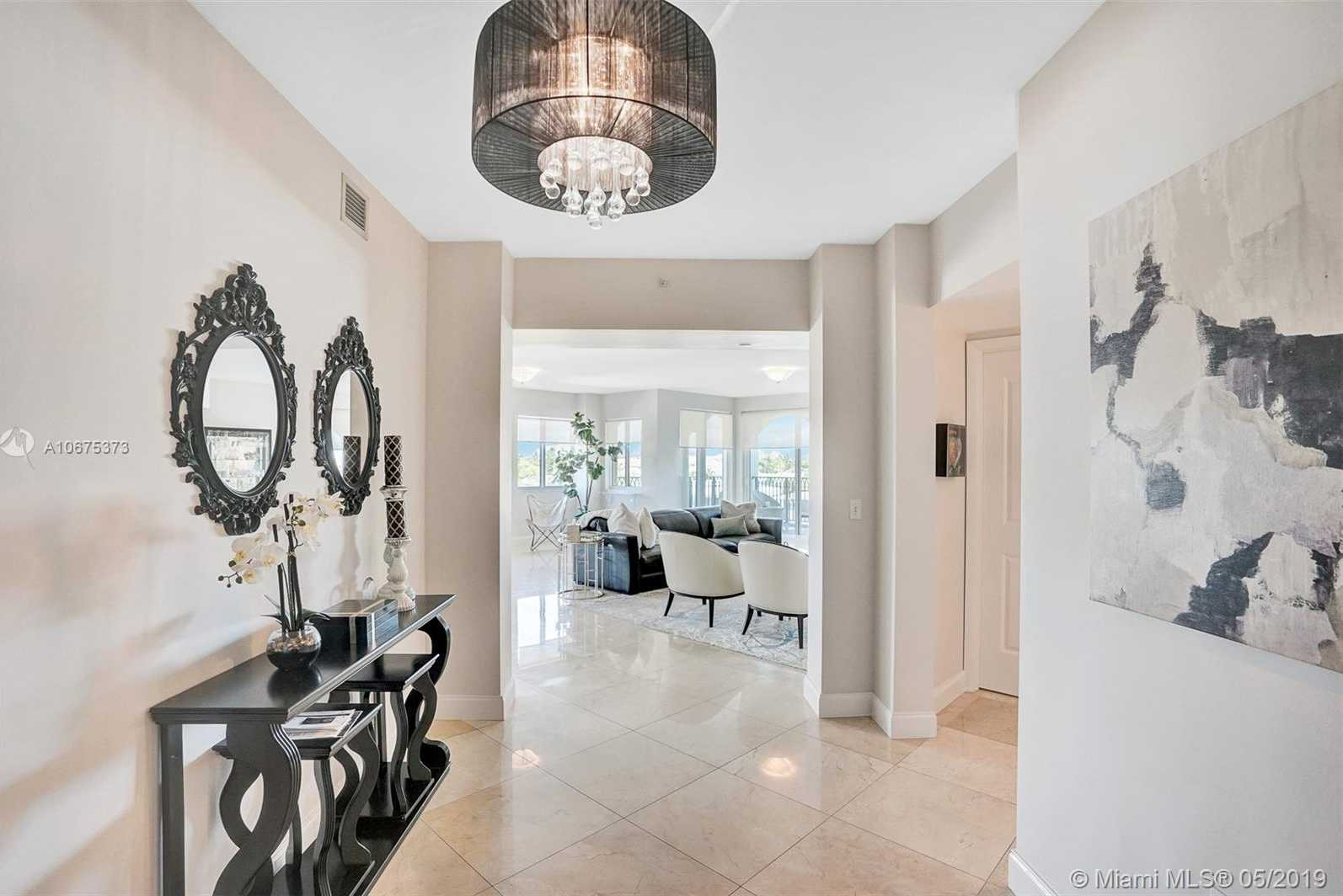 $1,050,000 - 3Br/4Ba -  for Sale in Fort Lauderdale