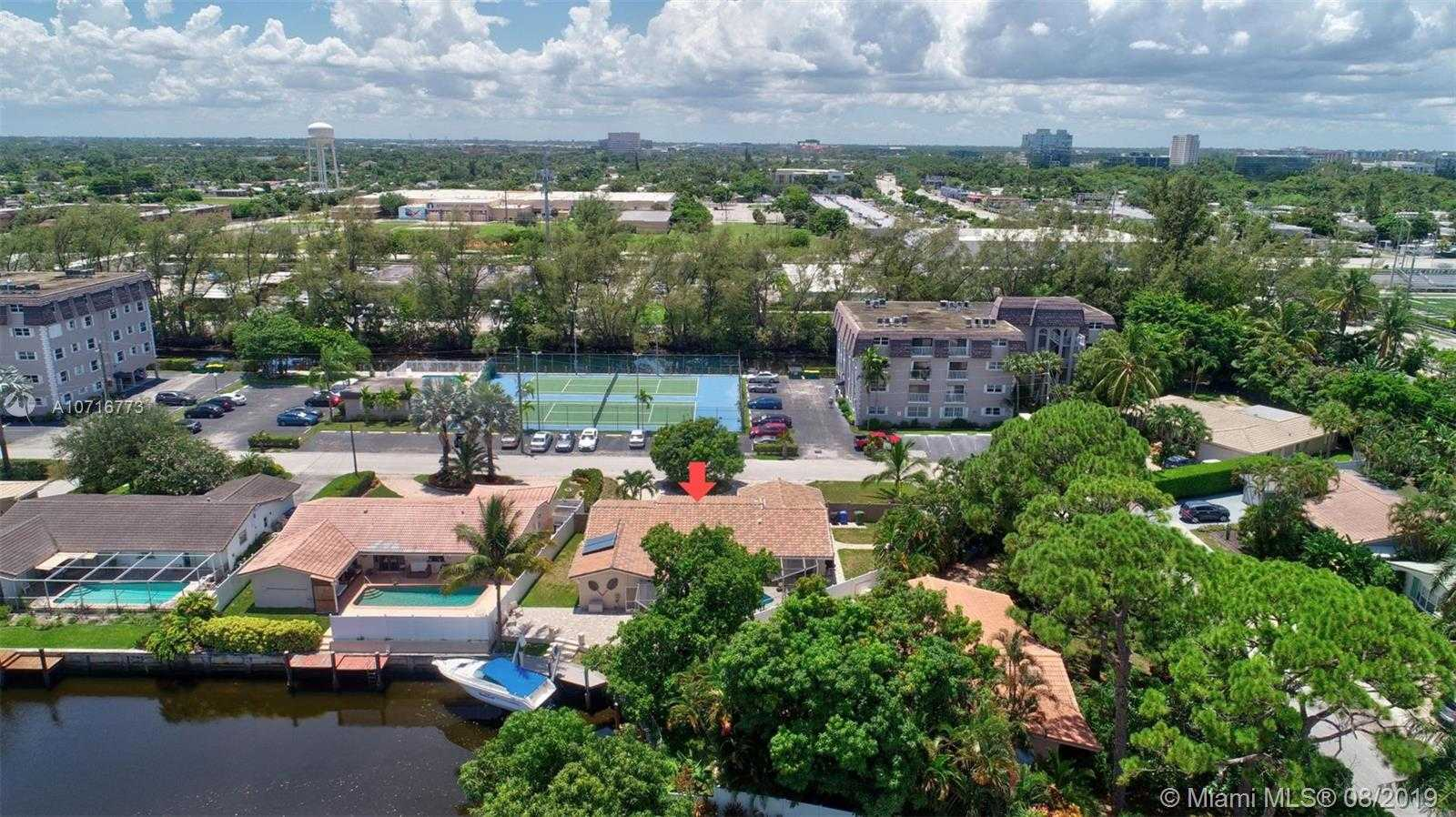 $649,000 - 3Br/3Ba -  for Sale in Coral Ridge Isles, Fort Lauderdale