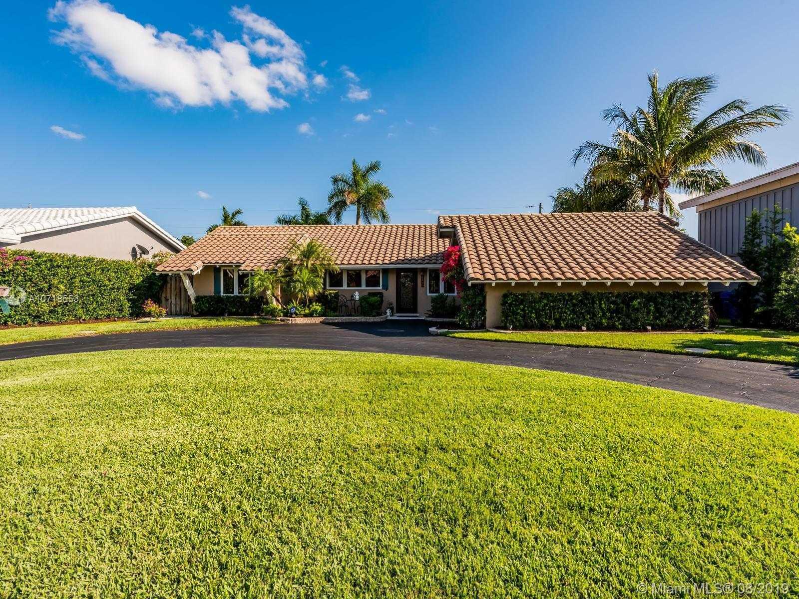 $619,000 - 3Br/2Ba -  for Sale in Coral Highlands, Fort Lauderdale
