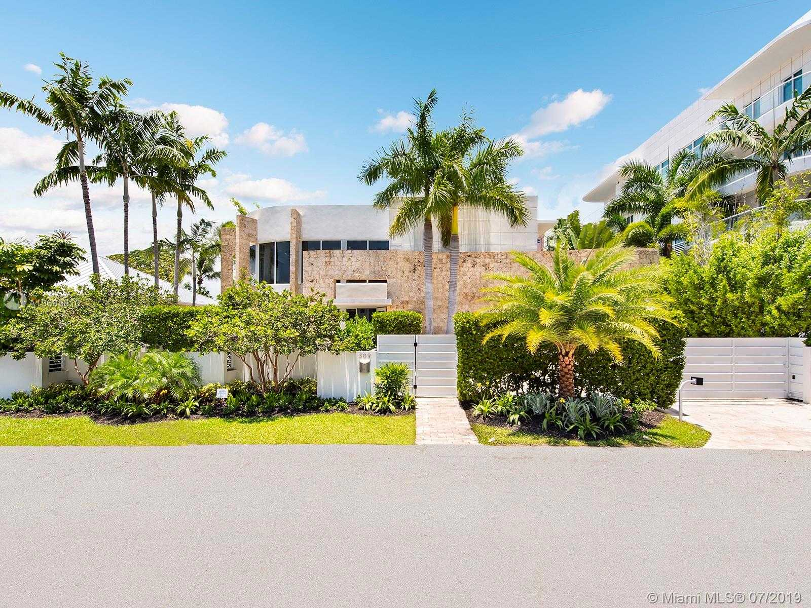 $2,988,000 - 4Br/5Ba -  for Sale in Venice Resub, Fort Lauderdale