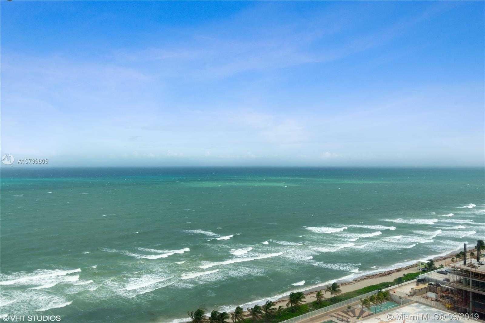 $569,000 - 3Br/3Ba -  for Sale in Hemispheres Condo, Hallandale Beach