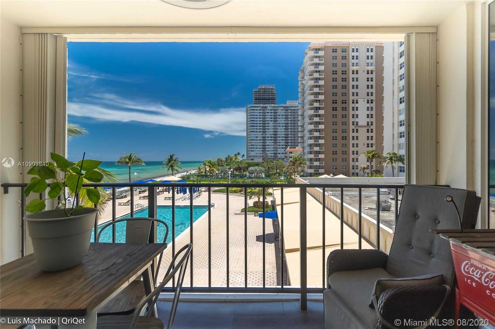 $495,000 - 3Br/2Ba -  for Sale in La Mer Estates East Condo, Hallandale Beach