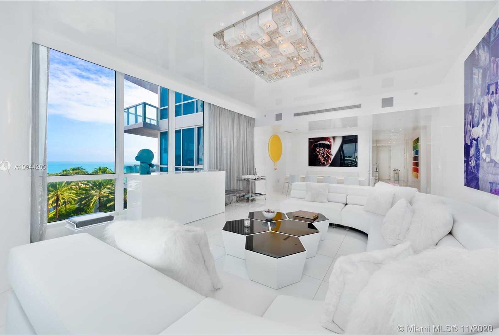 $3,800,000 - 3Br/3Ba -  for Sale in Continuum On South Beach, Miami Beach
