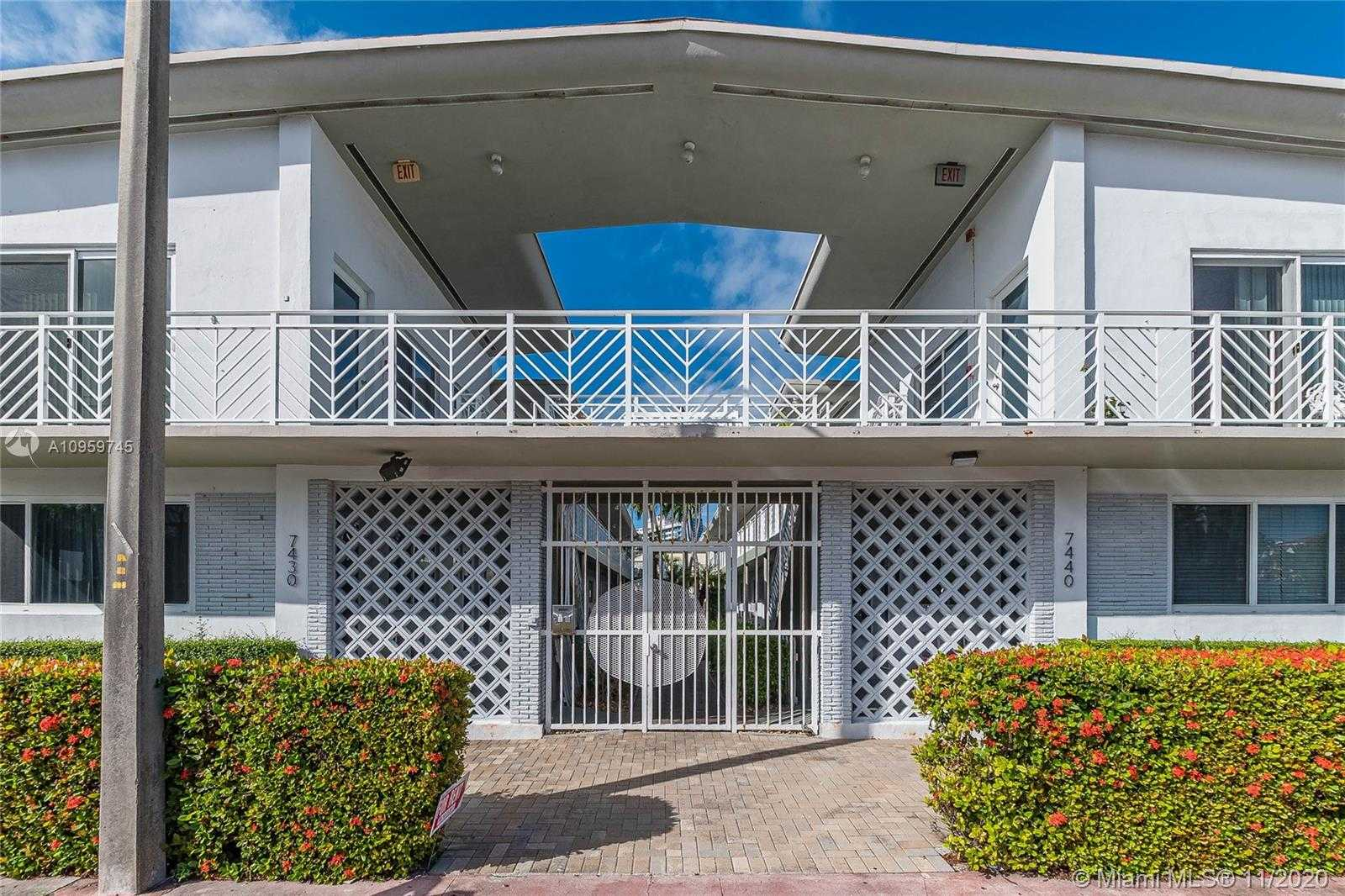 $150,000 - Br/1Ba -  for Sale in The Corvette Condo, Miami Beach