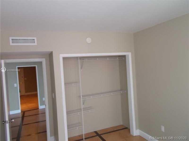 $426,000 - 2Br/2Ba -  for Sale in Imperial House Condo, Miami Beach