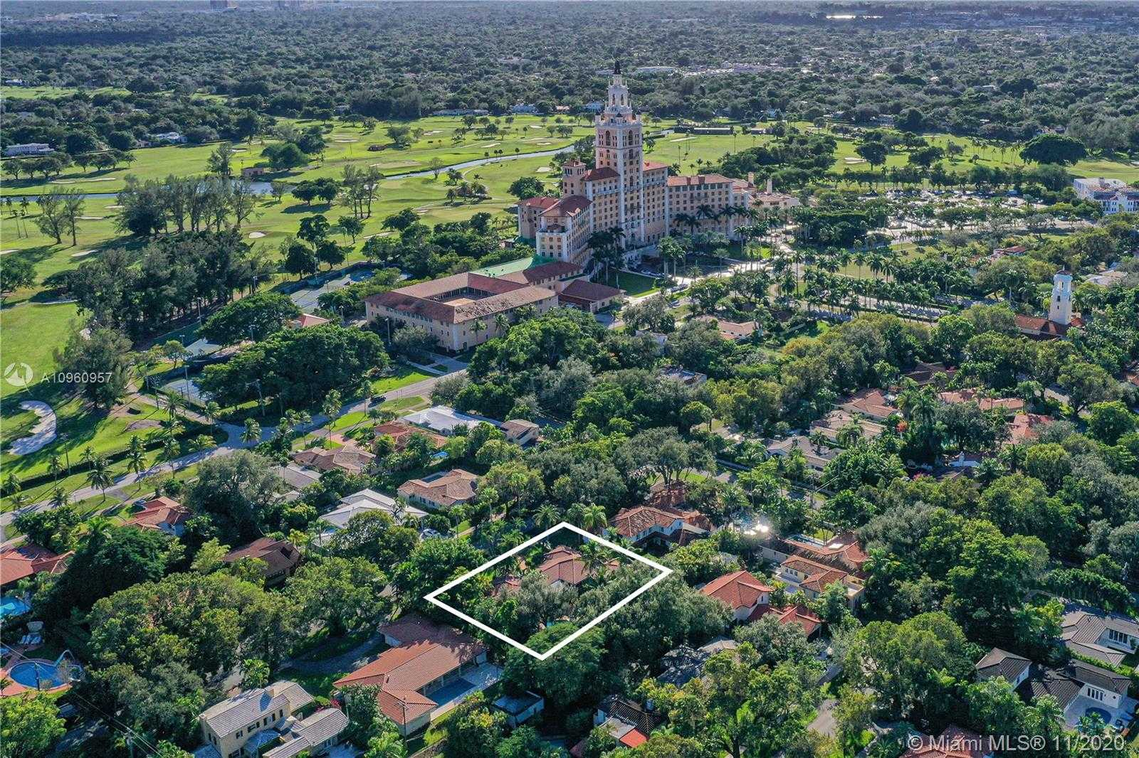 $1,495,000 - 3Br/4Ba -  for Sale in Coral Gable Country Club, Coral Gables