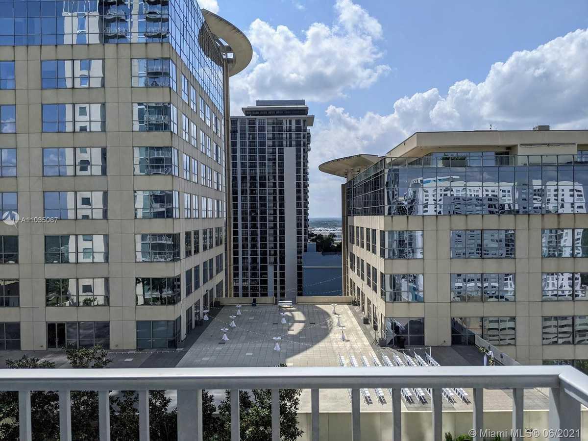 $249,900 - 1Br/1Ba -  for Sale in Solaire At The Plaza Condo, Orlando
