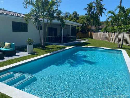 $825,000 - 2Br/2Ba -  for Sale in Biscayne Park Kings Resub, Biscayne Park