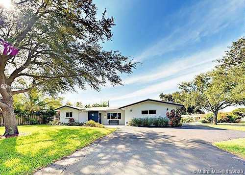 $597,000 - 4Br/3Ba -  for Sale in Coral Ridge Isles, Fort Lauderdale